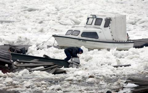 Καταστροφές από κομμάτια πάγου στο Δούναβη