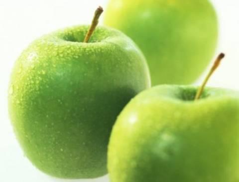 Μήλα με ρούμι στο φούρνο