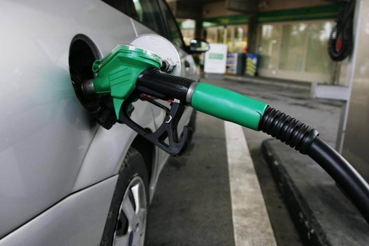 Πάτρα: Έξω από την Περιφέρεια οι βενζινοπώλες