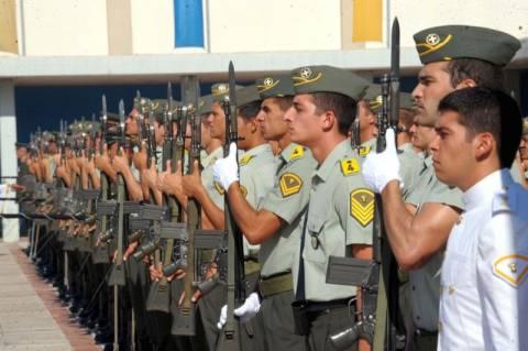 Αναβάλλονται για δυο μήνες οι κρίσεις στις Ένοπλες Δυνάμεις
