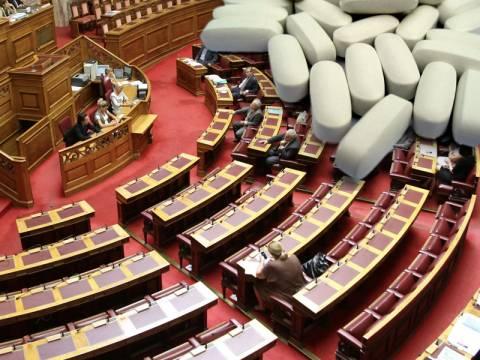 Η κρίσιμη ψηφοφορία για το νόμο-τερατούργημα