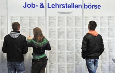 Από άνεργοι στην Ελλάδα, μετανάστες στο Βερολίνο