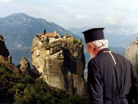 Η κρίση γέμισε τα μοναστήρια!