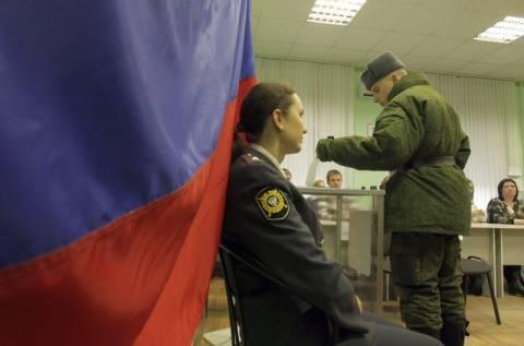 Ρωσία: Καταγγελίες για νοθεία σε εκλογικά τμήματα
