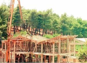 Δεν θα απαγορευθεί η εκτός σχεδίου δόμηση