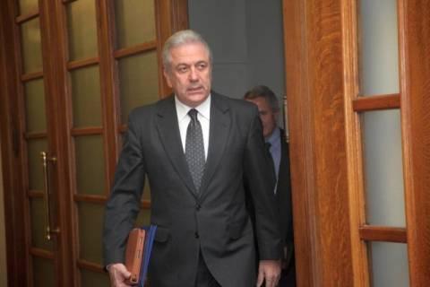 Δ. Αβραμόπουλος: Καμία πληρωμή δεν έγινε για υποβρύχια και φρεγάτες