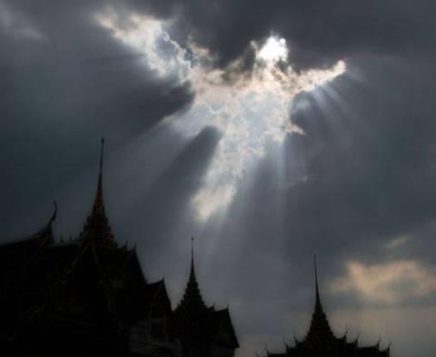 Αγγελικό σημάδι στον ουρανό