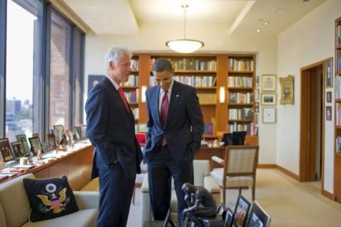 Το εγκώμιο του Ομπάμα πλέκει ο Κλίντον