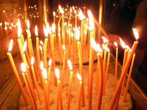 Έρχονται αυτόματοι πωλητές κεριών στα νεκροταφεία;