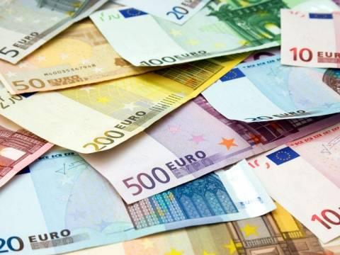 Πλεόνασμα 647 εκατ. ευρώ το α' δίμηνο του 2012