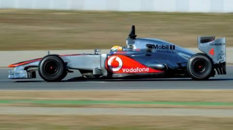Ο ιπτάμενος Χάμιλτον πήρε την πρώτη pole position