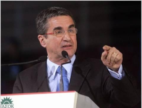 Λοβέρδος: Το ΠΑΣΟΚ είναι ριζωμένο στον ελληνικό λαό