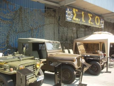 Θεσσαλονίκη: «Βγήκαν» στους δρόμους τα ιστορικά στρατιωτικά οχήματα