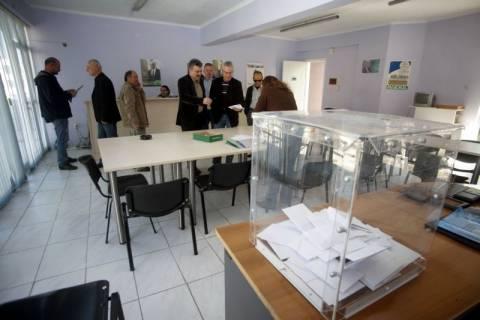 Μικροένταση σε εκλογικό κέντρο του ΠΑΣΟΚ στα Βριλήσσια