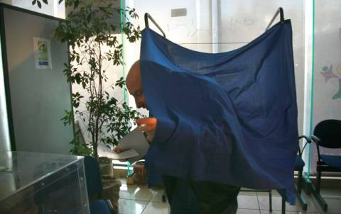 Φραστικό επεισόδιο στο κέντρο του ΠΑΣΟΚ στο Λουτράκι
