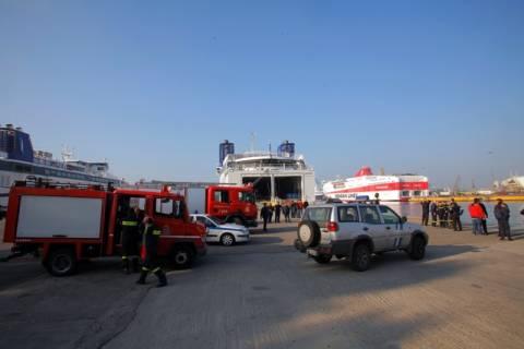 Νεκρός ο οδηγός που έπεσε στο λιμάνι του Πειραιά