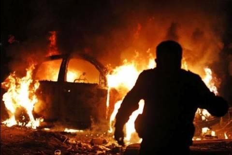 Στις φλόγες Ι.Χ. στο Καματερό