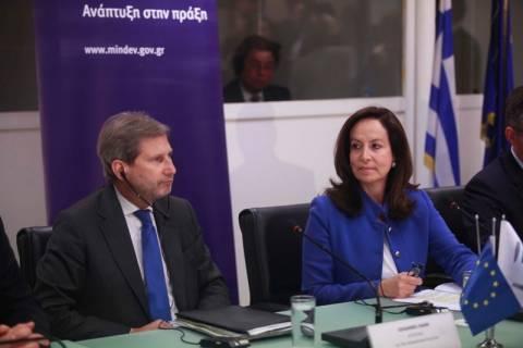 Γιοχάνες Χαν: «Μακρύς ο δρόμος για την έξοδο από την ύφεση»
