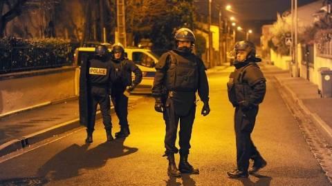 Για εκφοβισμό έγιναν οι εκρήξεις στο διαμέρισμα που βρίσκεται ο Μέραχ