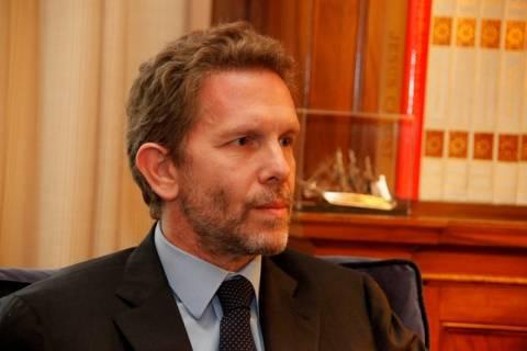 Ντινόπουλος κατά Γερουλάνου για προεκλογικό «μποναμά»