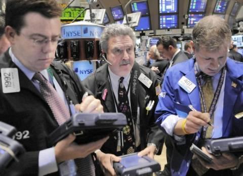 H… Κίνα έριξε την Wall Street