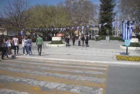 Μείζον θέμα η … εξέδρα στα Τρίκαλα