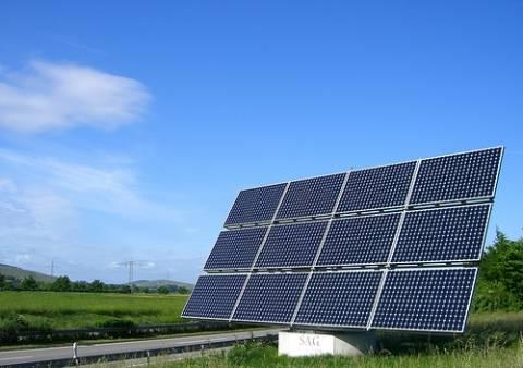 Eταιρεία «κρέμασε» επενδυτές σε φωτοβολταϊκά