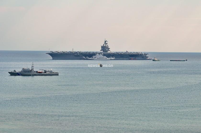 Στον Πειραιά το αεροπλανοφόρο «Enterprise»