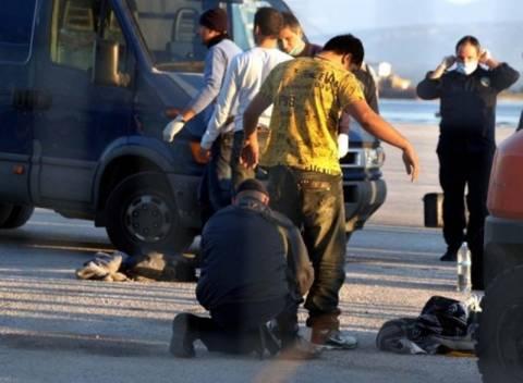 Οι κάτοικοι των Πατησίων «κλείνουν» το δρόμο στους μετανάστες