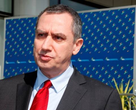 Μιχελάκης: Ο Βενιζέλος συγκαλύπτει τον Παπανδρέου για το έλλειμμα