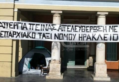 Απεργία πείνας  από οδηγούς ταξί στην Κρήτη