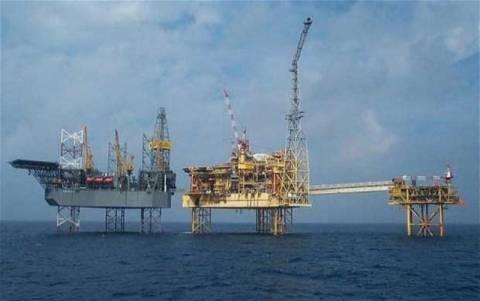 Μεγάλη η διαρροή πετρελαίου της Total στη θάλασσα