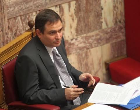 Φ. Σαχινίδης: Οι μισθοί Βουλγαρίας δεν λύνουν το πρόβλημα