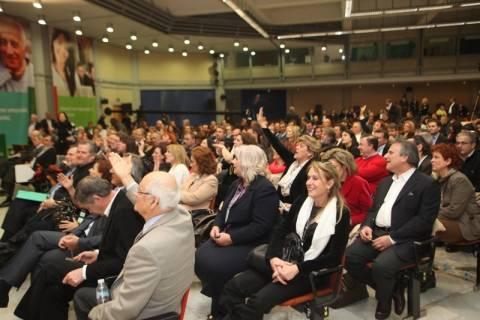 Αποχωρούν 15 μέλη του Εθνικού Συμβουλίου του ΠΑΣΟΚ