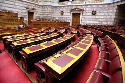 Βουλή: Βγήκε για να ξαναμπεί η σύμβαση της Siemens