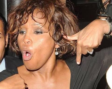 Σοκ: Το κατεστραμμένο κορμί της Whitney Houston