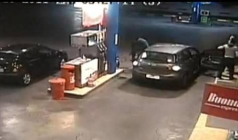 «Χτύπησαν» βενζινάδικο στη Λ. Κηφισίας