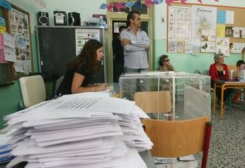 Έως και 60 εκατ. ευρώ θα κοστίσουν τα εκλογικά επιδόματα