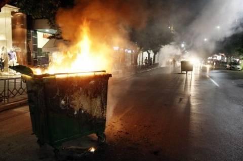 Φωτιά σε κάδους σκουπιδιών στο Μενίδι