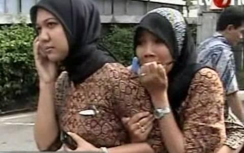 Βίντεο: Πανικός μετά τον πανίσχυρο σεισμό της Ινδονησίας