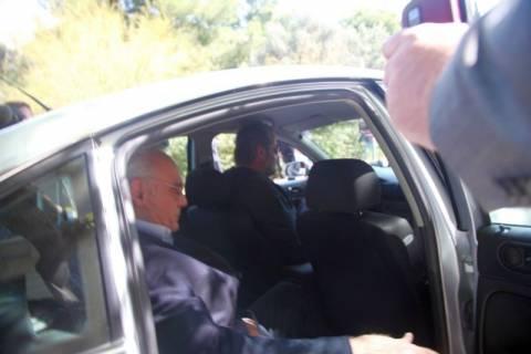 Παραδόθηκε ο Ασ. Οικονομίδης για την υπόθεση Τσοχατζόπουλου