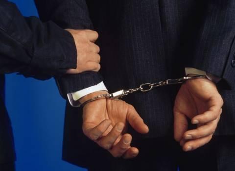 Συνελήφθη εργολάβος για χρέη στο δημόσιο