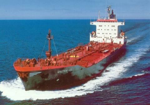 Προσάραξη δεξαμενόπλοιου στο Θερμαϊκό κόλπο