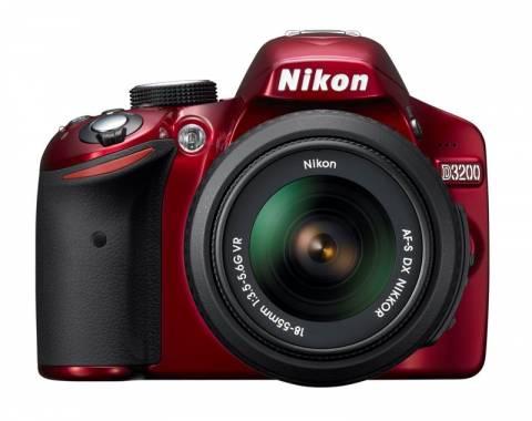 Με τη νέα Nikon D3200 η φωτογράφιση είναι εύκολη για όλους