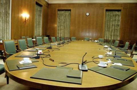 Εκλογές 2012: Ποιοι «ράβουν» υπουργικά κοστούμια