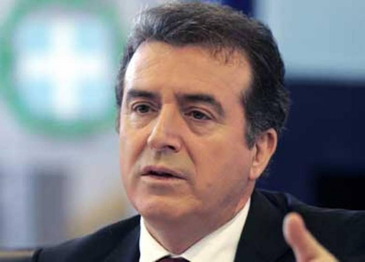 Μ. Χρυσοχοϊδης: Θα λειτουργήσει το κέντρο μεταναστών στην Αμυγδαλέζα