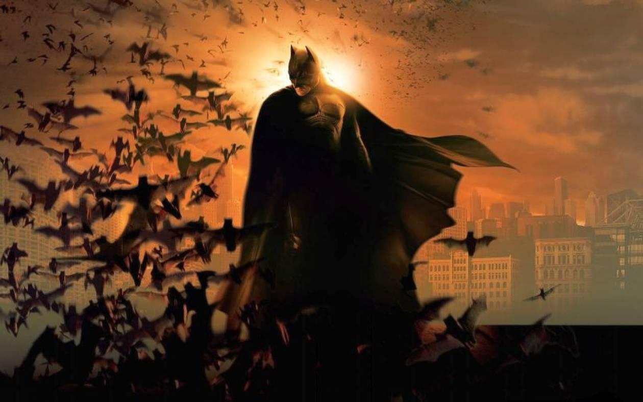 «Ο Batman είναι πολύ, πολύ γκέι» δηλώνει ο συγγραφέας του