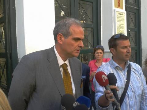 Δηλώσεις του δικηγόρου του αδελφού της Βίκυς Σταμάτη (Video)
