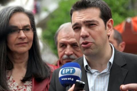 Α. Τσίπρας: Σε πανικό το πολιτικό κατεστημένο