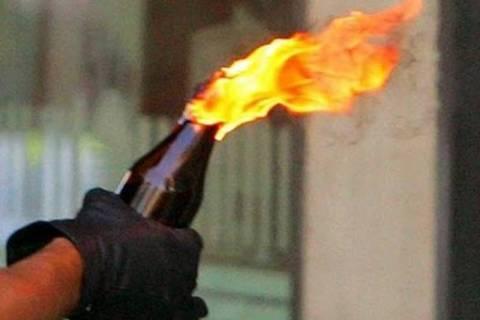 Βόμβες μολότοφ στην Αστυνομική Διεύθυνση Καβάλας